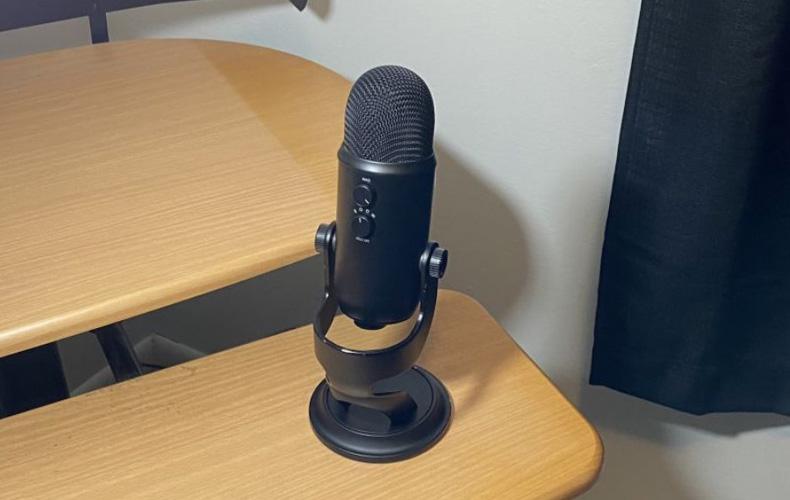 luchshie-mikrofony-v-2021-godu-dlya-igr-strimov-i-podkastinga
